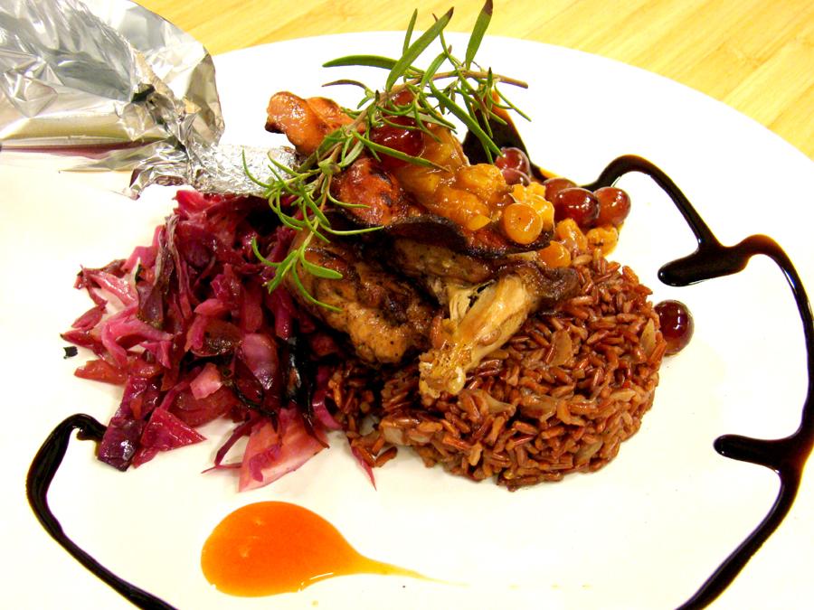 Фазан с червен ориз и червено зеле